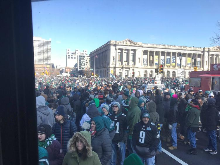 Crowd Gathers for Eagles Parade. Credit: Tom Gannon/Nick's Roast Beef