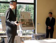 David Ertz of Cope Linder Architects and Ron Patterson of law firm Klehr Harrison Harvey Branzburg present plans to CDAG