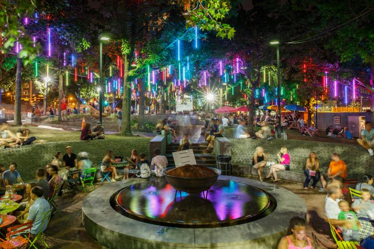 Spruce Street Harbor Park at night. (Matt Stanley/DRWC)